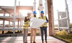 Új ingatlan építés, mérnökök